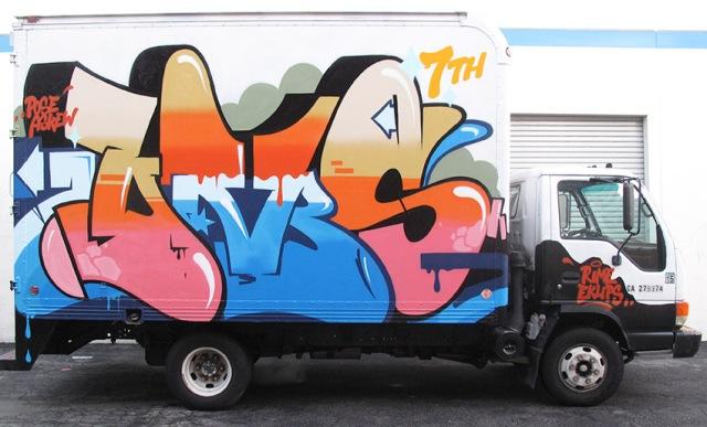 dm_truck2012_1
